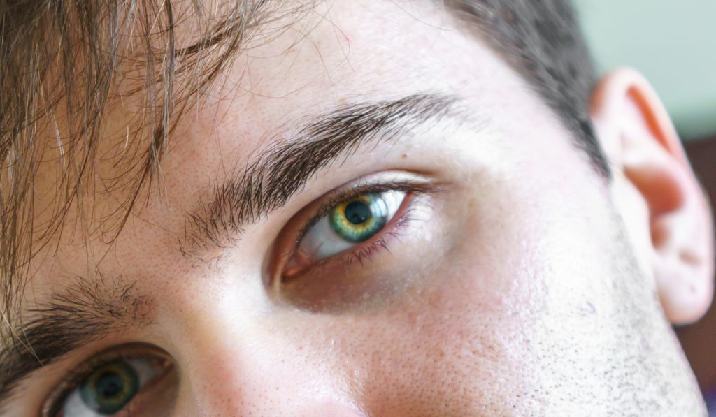 eyes-933320